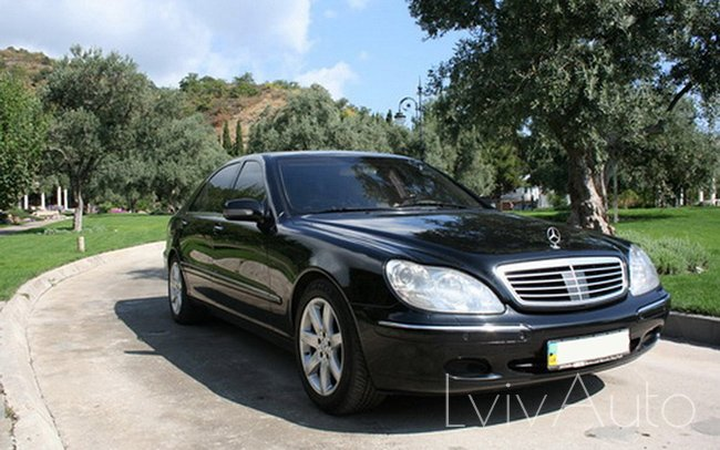 Аренда Mercedes S-Class W220 на свадьбу Львів