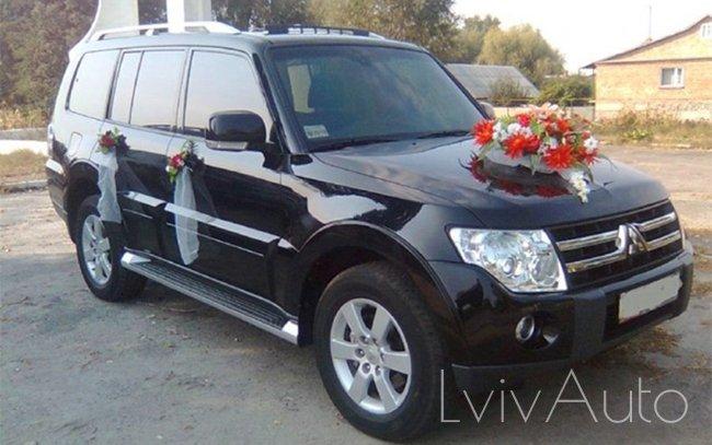 Аренда Mitsubishi Pajero на свадьбу Львів