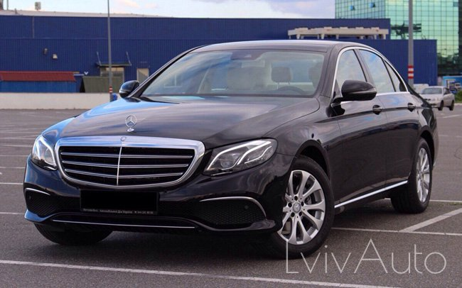 Аренда Mercedes E-Class W213 на свадьбу Львів