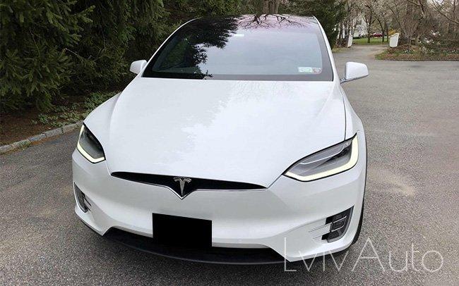 Аренда Tesla Model 3 на свадьбу Львів